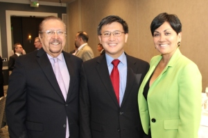 Left to right, LALCC Chairman Gilbert Gonzalez; CA Controller John Chiang; and LALCC CEO Theresa Martinez